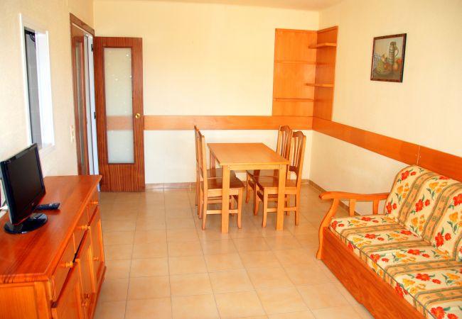 Apartamento en Cambrils - Rentalmar Pins Marina - Apartment 2 PAX