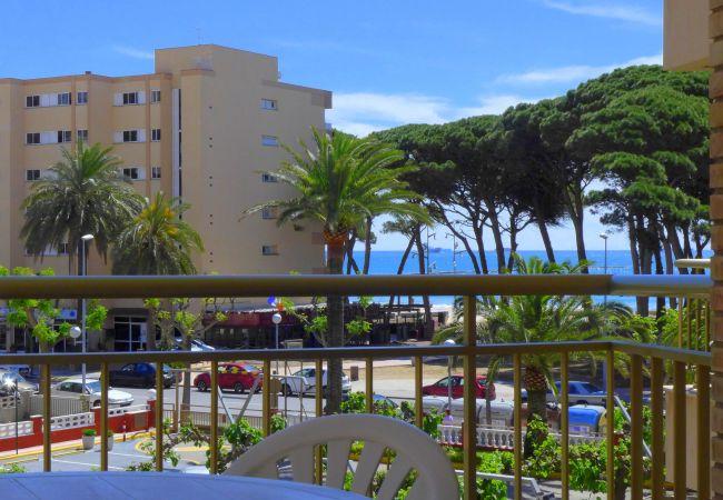 Apartamento en La Pineda - Rentalmar CYE 5 - Apartment 2/4
